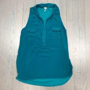 Splendid Sleeveless Collared Pocket Tunic Shirt